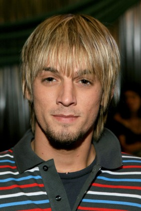 post_image-0222_aaron_carter_pot_00.jpg